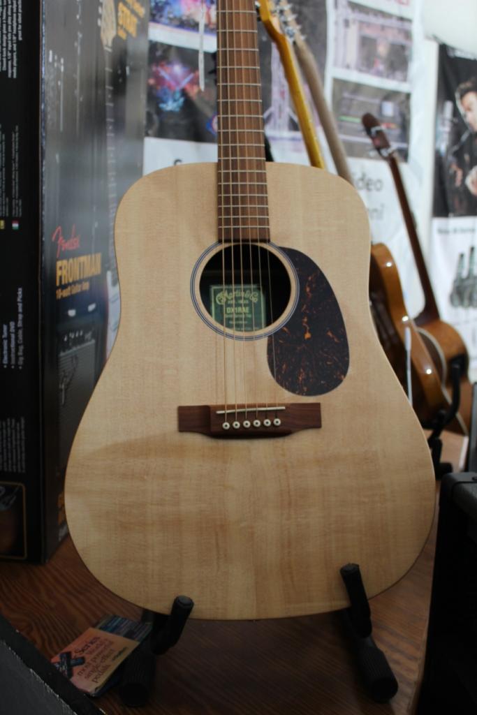 Martin dx1rae serie x heaven sound audio professionale for Ganci per appendere chitarre